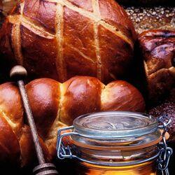 Пазл онлайн: Хлеб и мед
