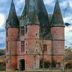 Пазл онлайн: Замок Карругес