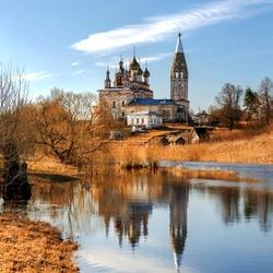 Пазл онлайн: Храмовый ансамбль в селе Парское
