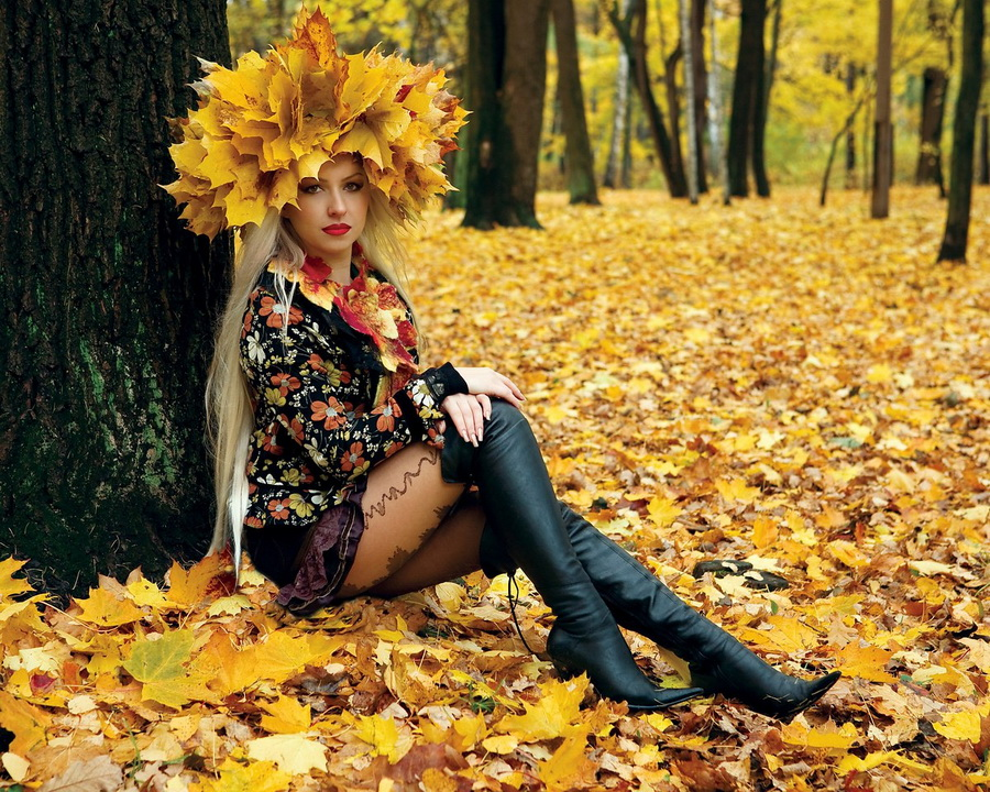 Девушка осенью фото