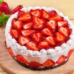 Пазл онлайн: Торт с клубникой