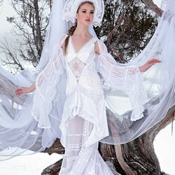 Пазл онлайн: Русская снегурочка