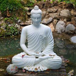 Пазл онлайн: Статуя Будды