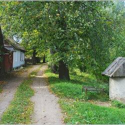 Пазл онлайн: Пейзаж с колодцем