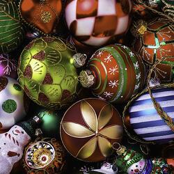 Пазл онлайн: Любимые праздничные узоры