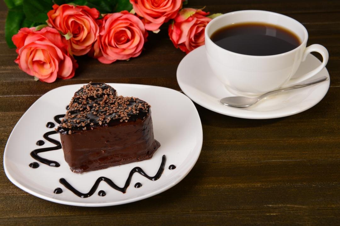 Кофе с пирожными открытки 3