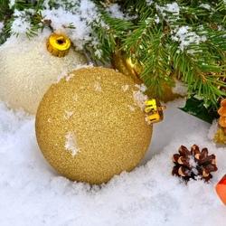 Пазл онлайн: Новогодние шарики