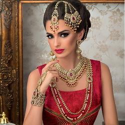 Пазл онлайн: Индийские красавицы и их украшения