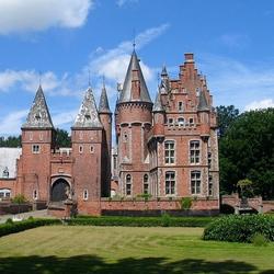 Пазл онлайн: Замок Ловендегем