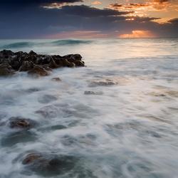 Пазл онлайн: Пенное море