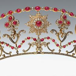 Пазл онлайн: Малая корона дома Романовых
