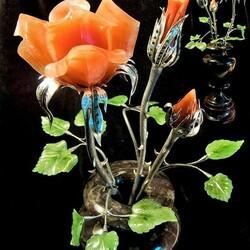 Пазл онлайн: Роза из уральского камня