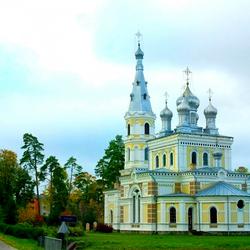 Пазл онлайн: Храм Святого Благоверного князя Александра Невского