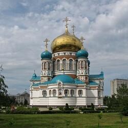 Пазл онлайн: Свято-Успенский собор
