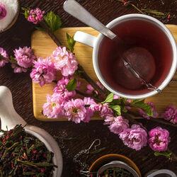 Пазл онлайн: Вишневый чай