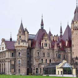 Пазл онлайн: Замок Мошна