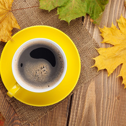 Пазл онлайн: Осенний кофе