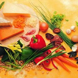 Пазл онлайн: Сыр и овощи