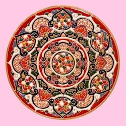 Пазл онлайн: Декоративная тарелка