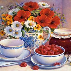 Пазл онлайн: Малиново-цветочный натюрморт