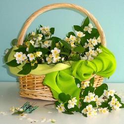 Пазл онлайн: Весна в лукошке