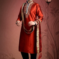 Пазл онлайн: Мужской национальный костюм