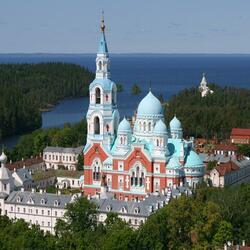 Пазл онлайн: Валаамский Спасо-Преображенский  монастырь