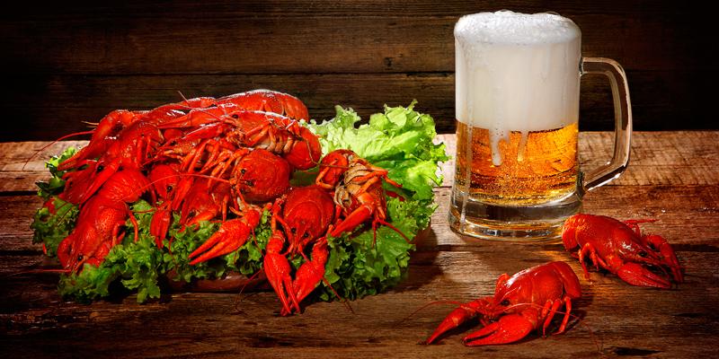 уточнил, фото с пивом и раками внимание подписчиков