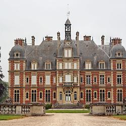 Пазл онлайн: Замок - отель