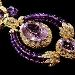 Пазл онлайн: Украшения с аметистами и алмазами