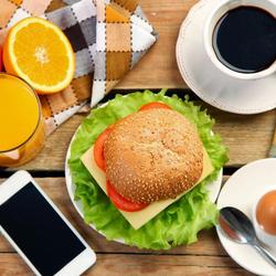Пазл онлайн: Легкий завтрак