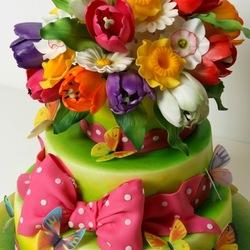 Пазл онлайн: Торт цветочный