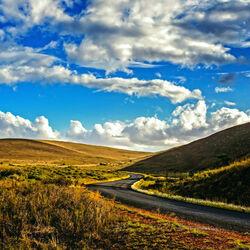 Пазл онлайн: Дорога у гор