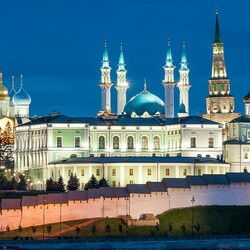 Пазл онлайн: Казань сегодня