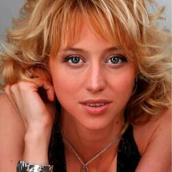 Пазл онлайн: Дарья Волга