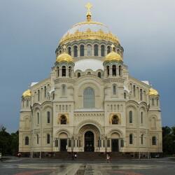 Пазл онлайн: Морской Никольский собор в Кронштадте