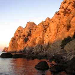 Пазл онлайн: Рассвет у моря