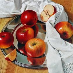 Пазл онлайн: Яблоки на серебряном блюде