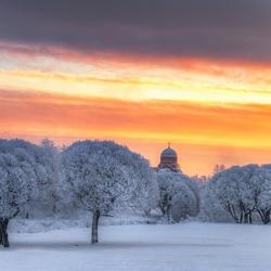 Пазл онлайн: Зимнее небо Петербурга