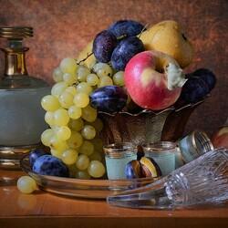 Пазл онлайн: Графин и фрукты