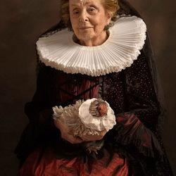 Пазл онлайн: Благородная дама