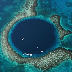 Пазл онлайн: Белизский барьерный риф