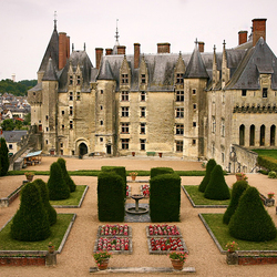 Пазл онлайн: Замок Ланже