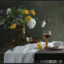 Пазл онлайн: Натюрморт с бокалом вина