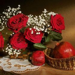 Пазл онлайн: Розы и гранаты