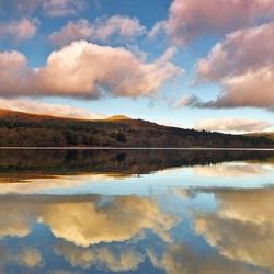 Пазл онлайн: Отражение облаков