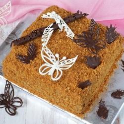 Пазл онлайн: Песочно-медовый торт