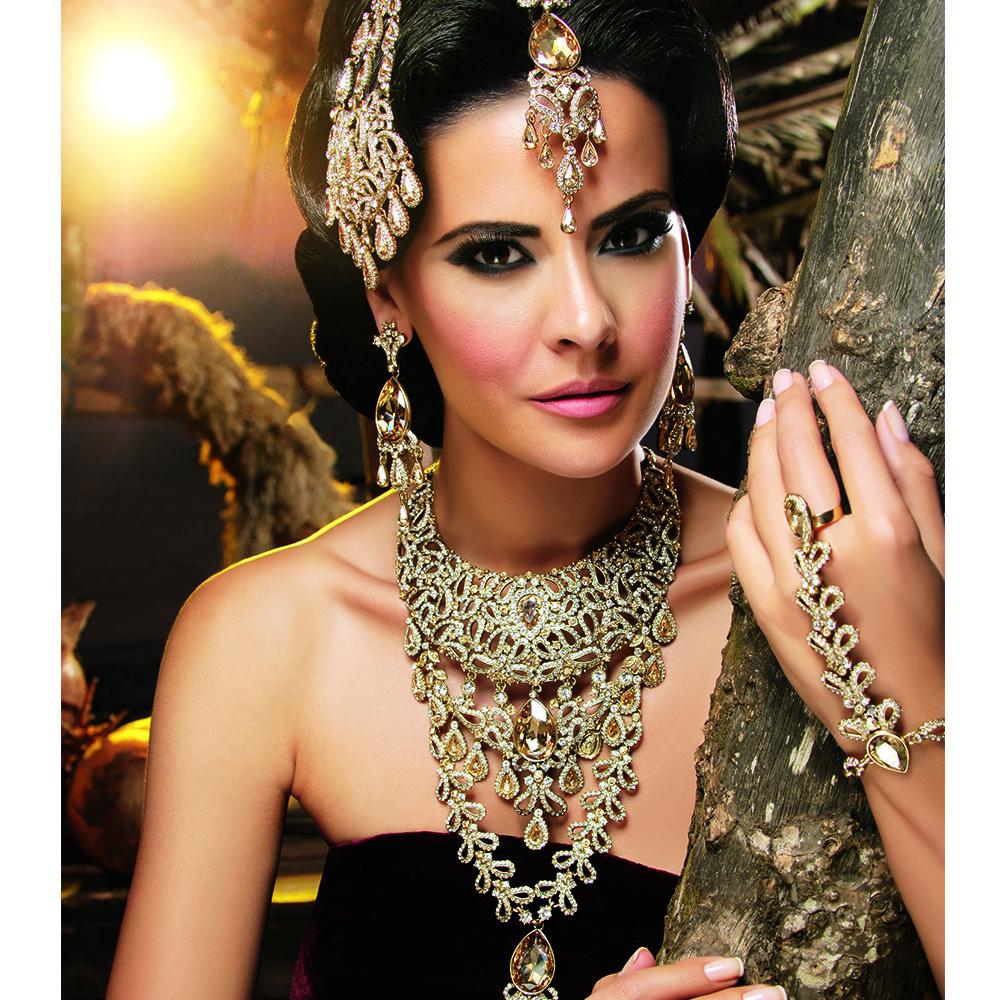 Фото арабки в украшениях — pic 8