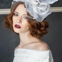 Пазл онлайн: Шляпка с вуалью