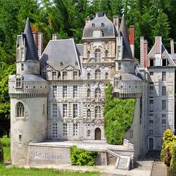 Пазл онлайн: Макет замка Бриссак